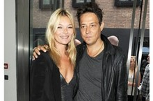 Kate Moss and celeb pals get arty at exhibition opening