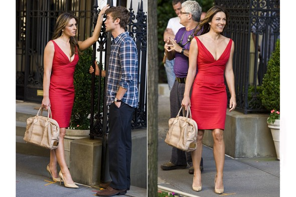 liz-hurley-chace-crawford