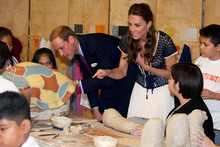Duchess Kate goes high street for a Los Angeles art class