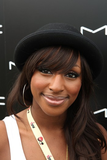 Alexandra Burke Alex Winston The singer rocked a vampy look for her