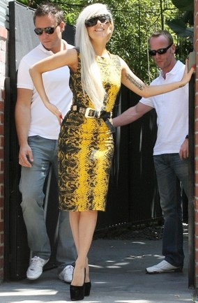 lady-gaga-snakeskin-dress-pics-LA