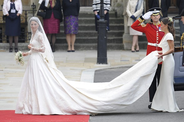 kate-middleton-wedding-dress