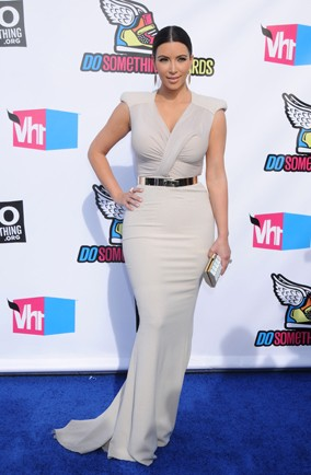 Kim Kardashian stepped out in a bridal white gown at the Do Something Awards