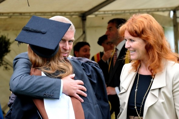 Princess-Beatrice-graduates-Goldsmiths-university-Prince-Andrew-Fergie