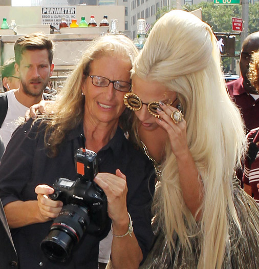 Lady Gaga examines Annie Leibovitz's work