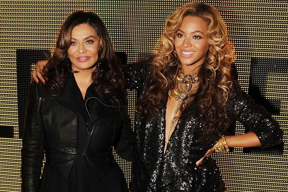Tina Knowles and Beyonce at Selfridges