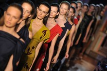 Catwalk Review: Roland Mouret Spring/Summer 2012