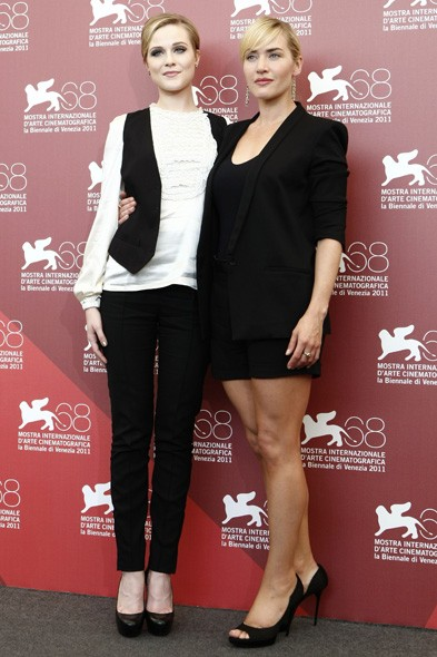 Evan Rachel Wood and Kate Winslet at the Mildred Pierce photo call