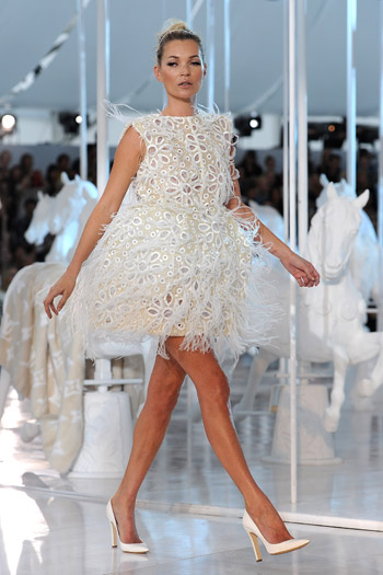 Kate Moss on the Louis Vuitton catwalk