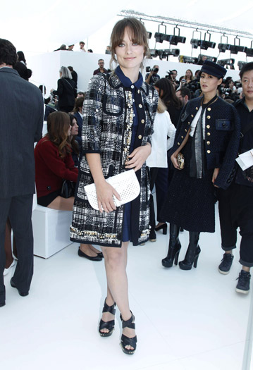 Olivia Wilde at Louis Vuitton