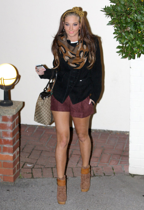 Tulisa dresses for winter on top, summer on the bottom, averages at autumn