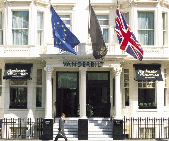 Hotel Review: Radisson Edwardian Vanderbilt, London