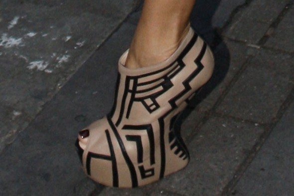 Hot or not: Nicole Scherzinger's printed minidress and matching crazy wedges