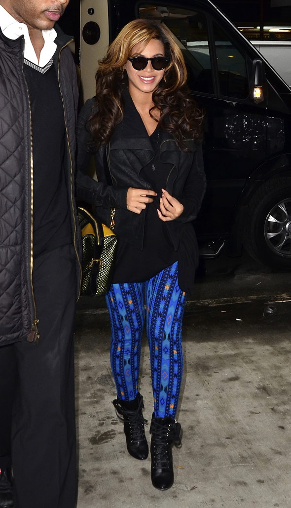 Beyonce shuns traditional maternity style in favour of electric blue leggings