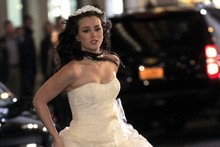 Spoiler alert! Leighton Meester films dramatic wedding scenes on Gossip Girl set