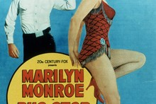 How much is Marilyn's corset expected to make at auction?