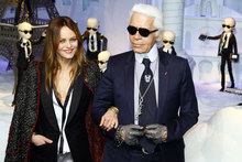 Happy Karl-mas! Karl Lagerfeld and Vanessa Paradis launch festive windows in Paris