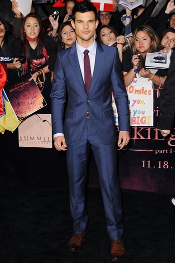 Taylor Lautner at the world premiere