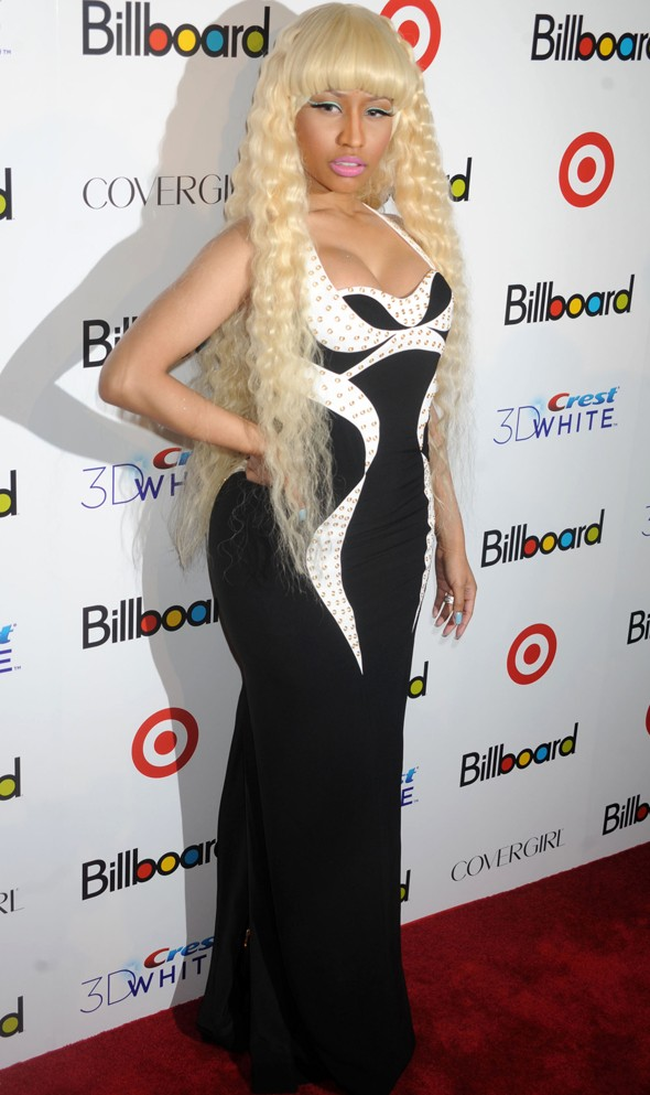Nicki Minaj tones it down for Billboard event
