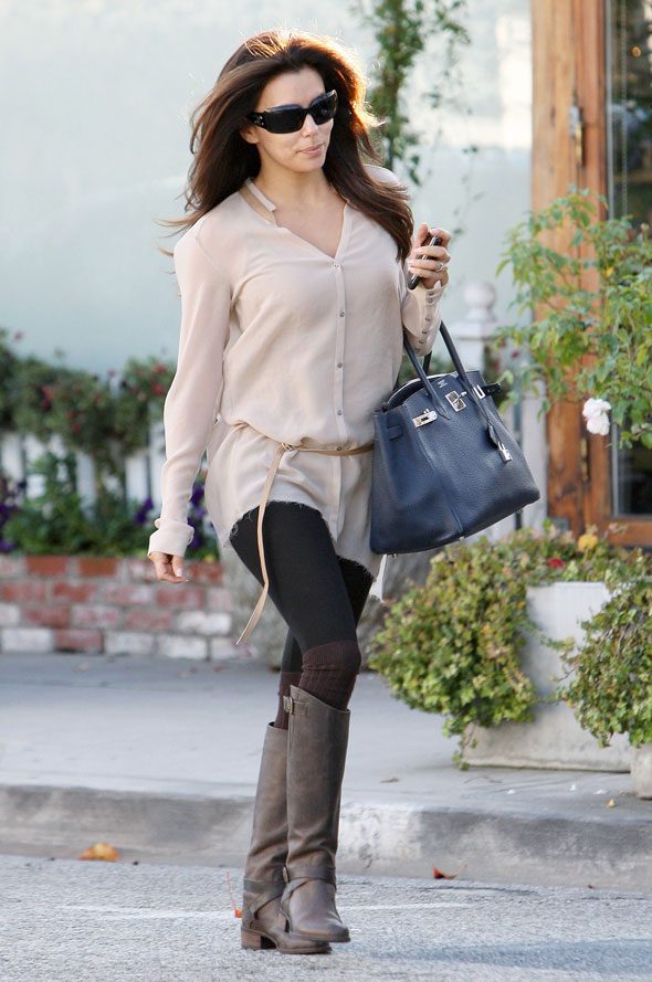 Eva Longoria is cute and casual for trip to salon