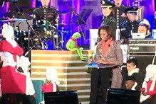 VIDEO: Michelle Obama steps in for Miss Piggy...