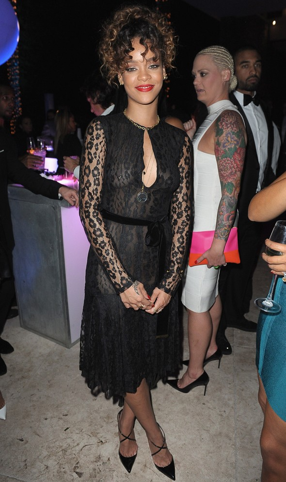 Hot or not: Rihanna dons black lace to bring in 2012