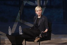 Which fashion faux pas has Carey Mulligan committed?