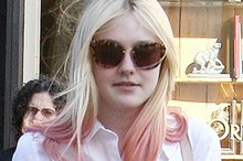 Hot or not: Dakota Fanning's pink dip dye