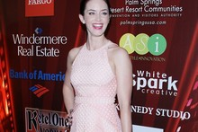 Emily Blunt (hilariously) wears salmon pink dress to Salmon Fishing in the Yemen premiere