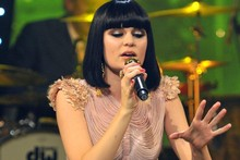 New year, new style: Jessie J is elegant in nude gown