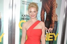 Katherine Heigl wows in red at the One for the Money premiere