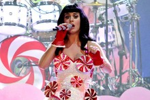 Katy Perry makes first stage appearance since split from Russell Band