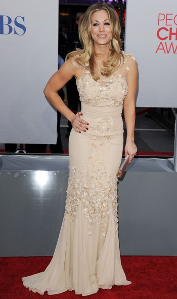 Show host Kaley Cuoco in Badgley Mischka