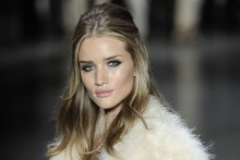 Rosie Huntington-Whiteley makes her runway return in Brazil