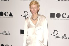 Tilda Swinton is all-white at LA store opening