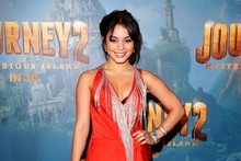 Tangerine Tango: Vanessa Hudgens goes top-to-toe orange