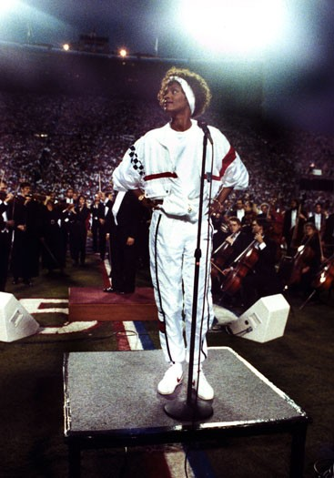 1991, singing the US national anthem before Super Bowl XXV