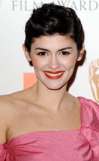 In pictures: Short celebrity hairstyles - MyDaily UK