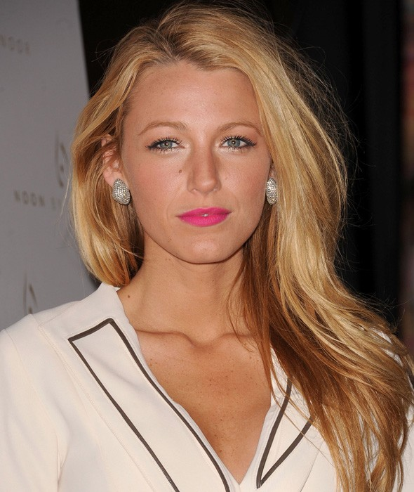 Blake Lively with bright pink lipstick at the Noon by Noor show during New York Fashion Week