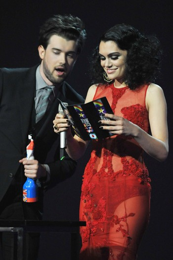 Jack Whitehall and Jessie J present the Best International Solo Artist award