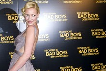 Katherine Heigl, is that really you? Actress channels Hollywood screen siren in Paris