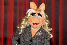 Baftas 2012: Miss Piggy to host red carpet (plus how the awards are made)