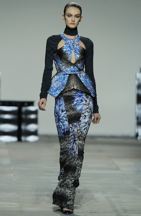 A model walks during the Peter Pilotto Autumn/Winter 2012 show. Photo:Getty