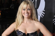 Reese Witherspoon is stunning in strapless LBD at This Means War premiere