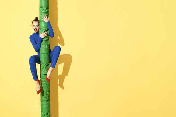 Terry Richardson's bright and breezy Aldo look book (features bananas and straddling)