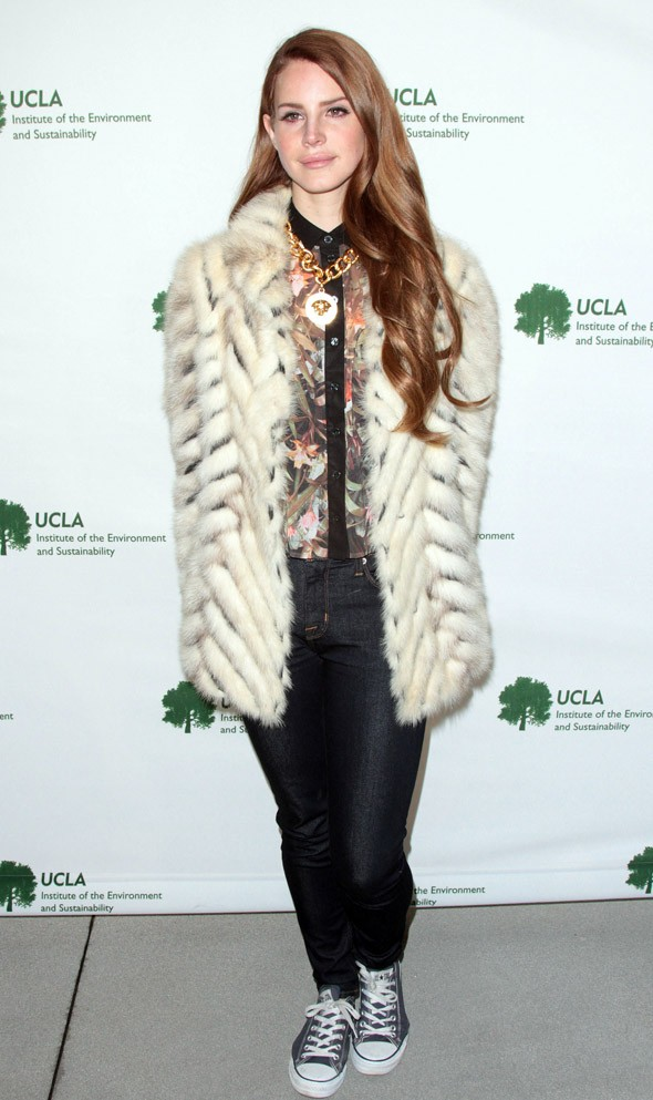 Fur and converse? Lana Del Rey plays mix 'n' match in LA