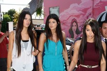 Kim Kardashian's shopping style: Upstaged by her little sisters?