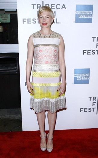 Michelle Williams in Giambattista Valli