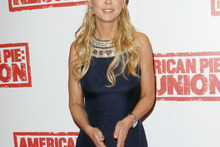 Tara Reid rocks mid-90s prom style at American Pie Reunion premiere