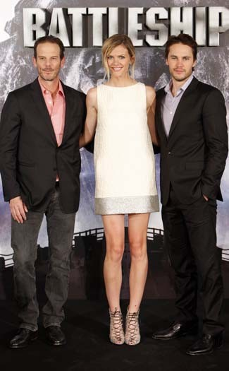 Peter Berg, Brooklyn Decker, & Taylor Kitsch at the Battleship photocall in Madrid